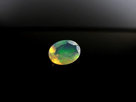 OPAL NATURALNY - 0,75ct - OP14 (1)